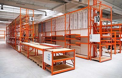 The LPR wide span shelving allows a wide range of applications